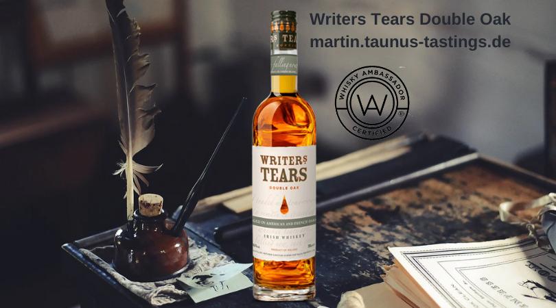 Eine Flasche Writers Tears auf einem Schreibtisch